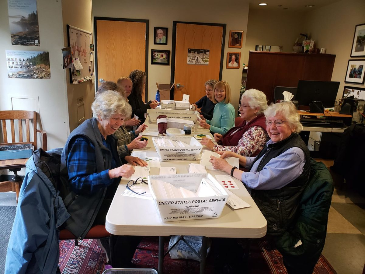 Oicmf Volunteers Mailing Party