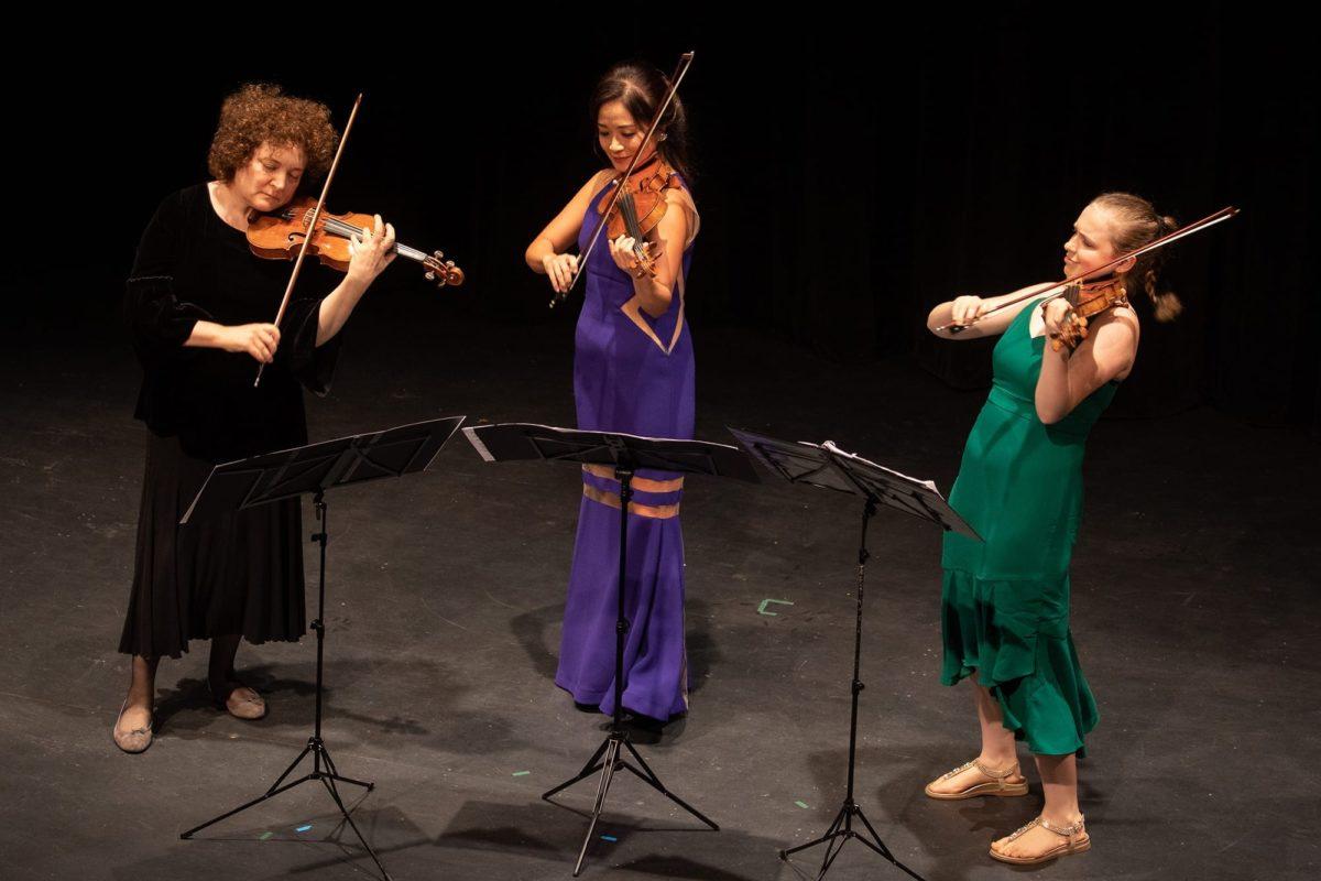 Lilit Gampel, Chee-Yun, Charlotte Marckx - Photo Credit Barry Carlton