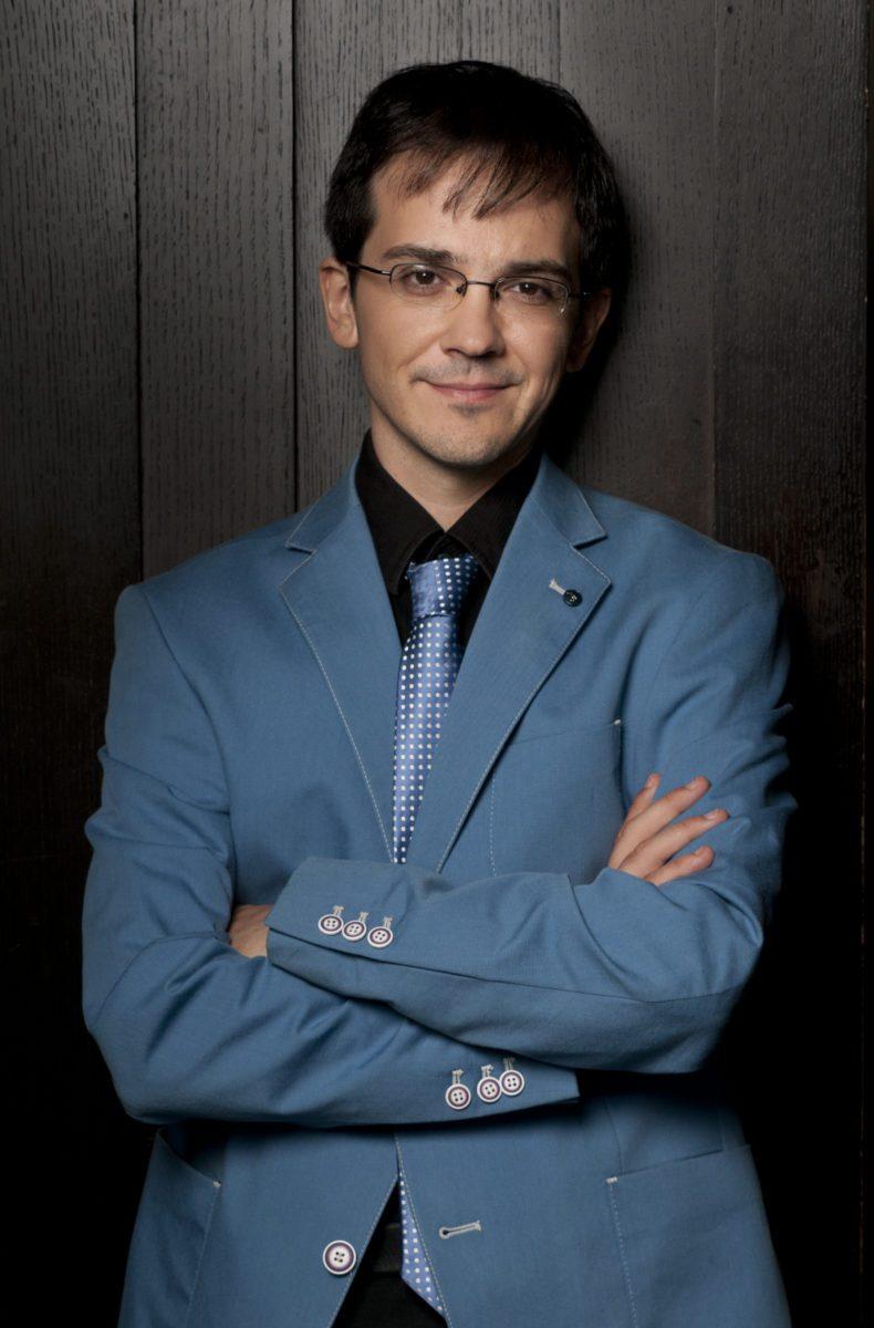 Viktor Valkov piano